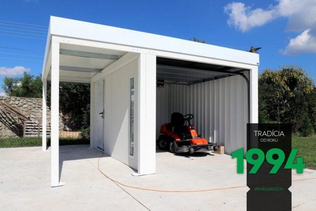 Die weiße Garage GARDEON lagert sicher die Mähmaschine