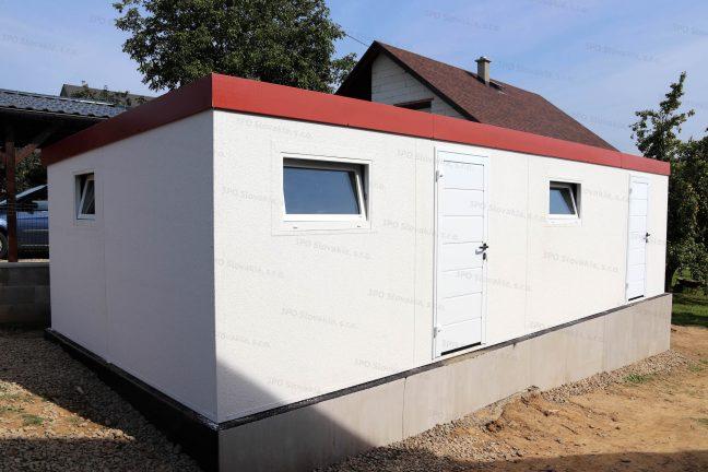 Ein doppeltes Gartenhaus in weiß mit gedämmten Türen von Hörmann auch in weiß