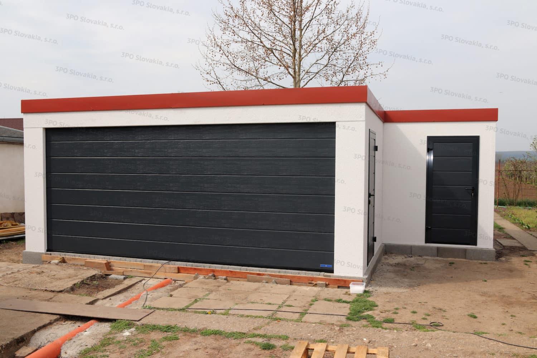 Eine Garage mit Nebenraum