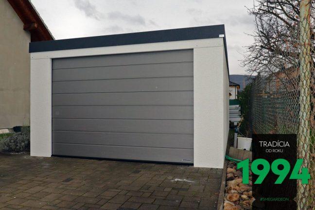 Maßangefertigte Garage von GARDEON in weiß, mit Zubehör in Aluminium-weiß