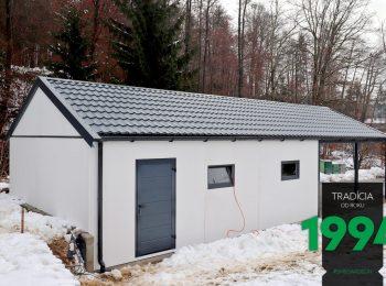 Maßangefertigte Garage von GARDEON mit einem Extra-Carport