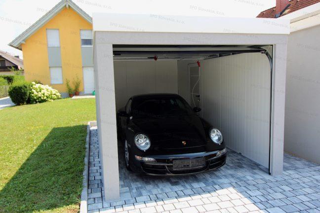 Ein Porsche in der gedämmten Einzelgarage von GARDEON