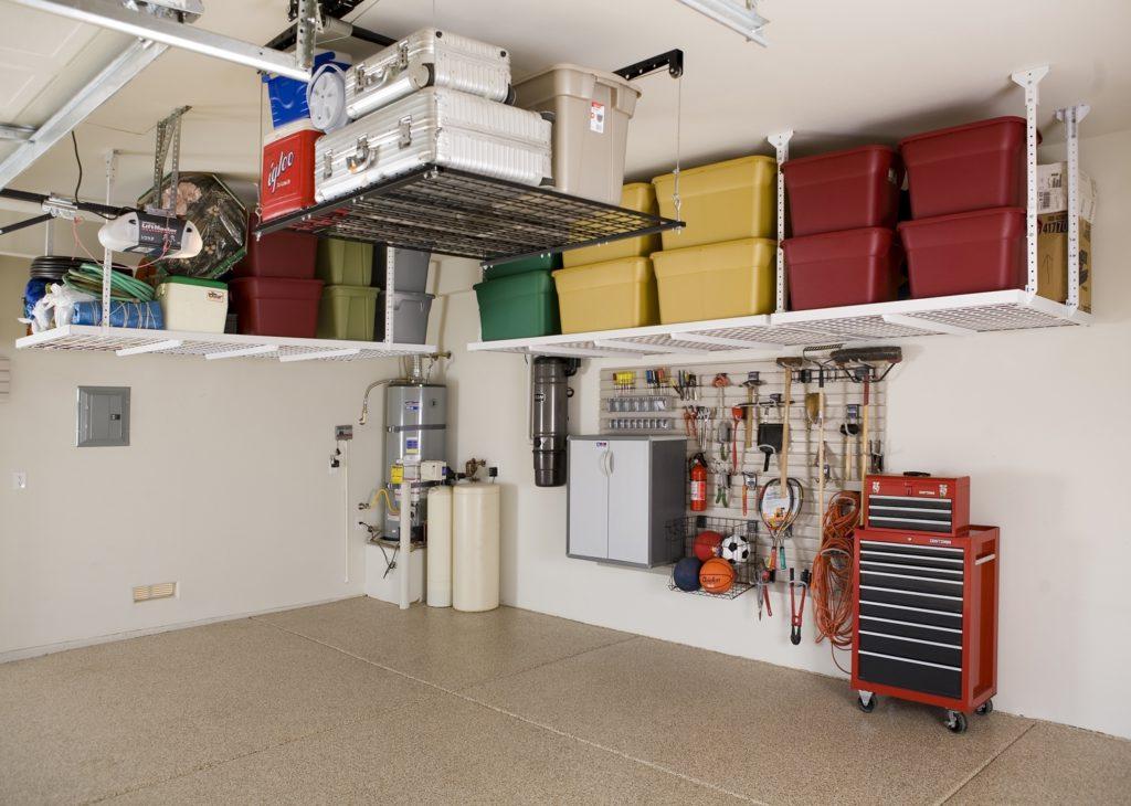 Raum zum Verstauen in der Garage