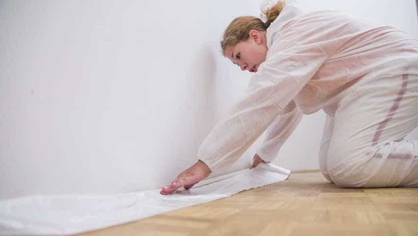Ein Schutz bei der Bemalung der Wände