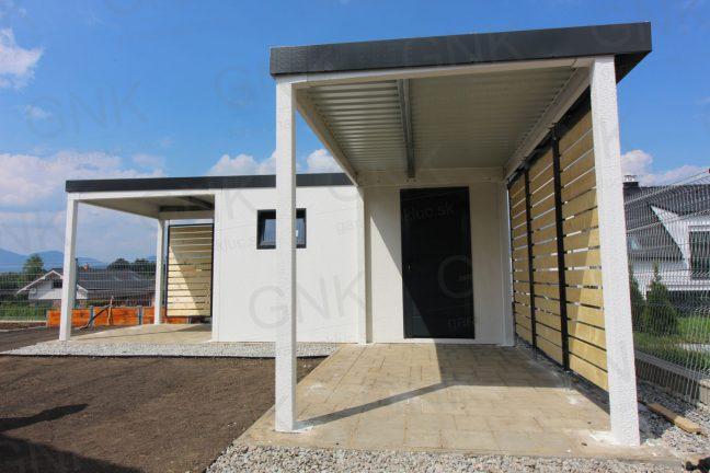 Ein Gartenhaus für Gartenwerkzeug mit 2 Überdachungen