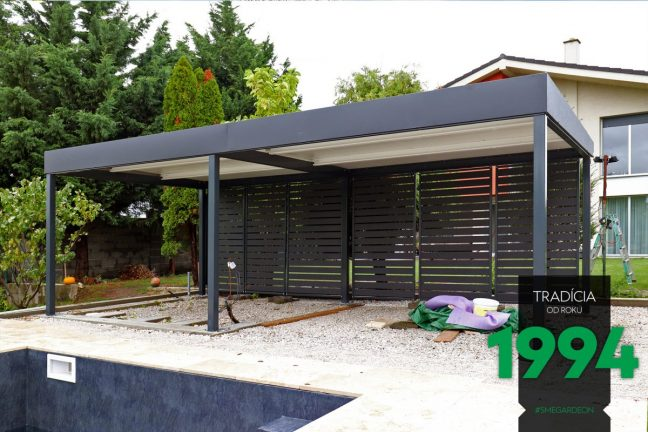 Individualisierte Pergola von GARDEON mit einem gedämmten Dach