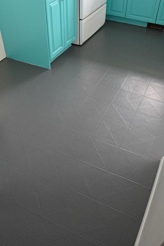 Ein Kunststoffboden in grau
