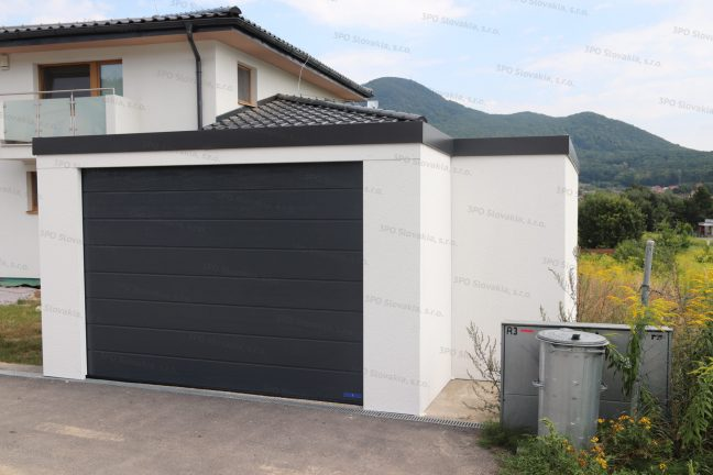 Eine atypische montierte Garage mit Abstellraum
