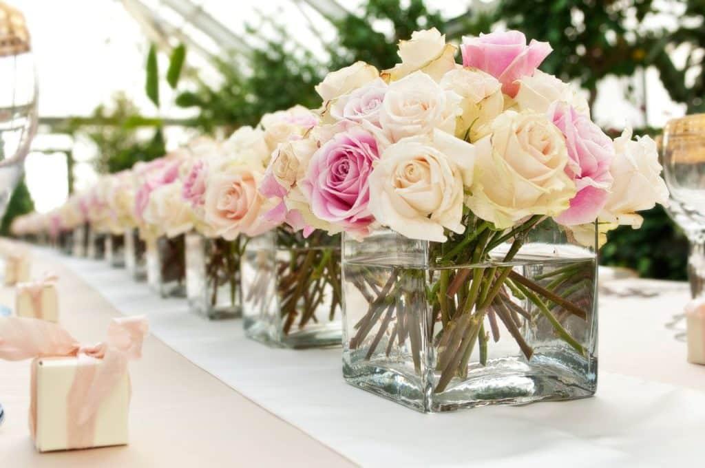 Rosen in Vasen