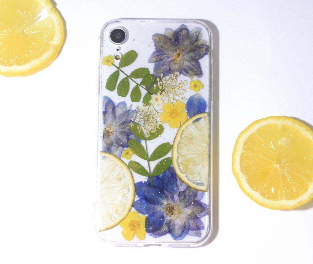 iPhone Hanhyhülle mit Zitronen