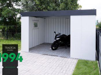 Eine Einzelgarage von GARDEON mit einem Motorrad in dem Innenraum