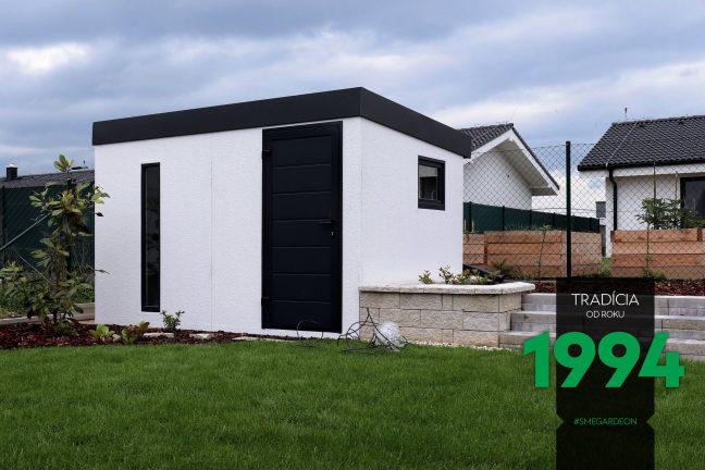 GARDEON Gartenhaus in weiß in einem gepflegten Garten