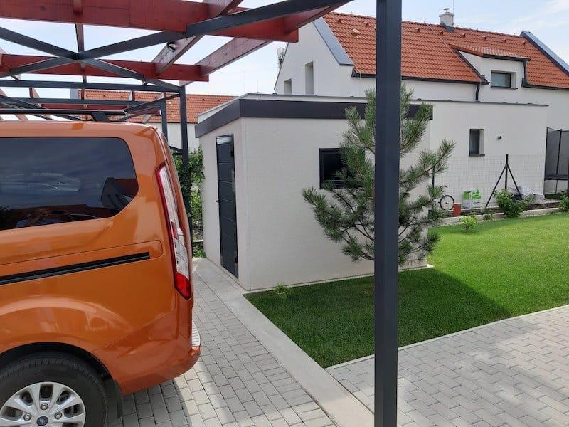 Kleines modernes Gartenhäuschen von GARDEON