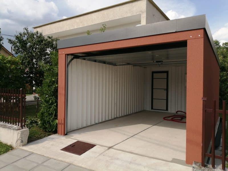 Der Innenraum von Blankas Garage
