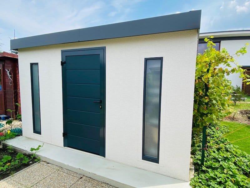 Schlichtes und modernes Gartenhaus von GARDEON