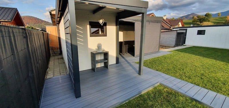 GARDEON schlichtes Gartenhaus mit Überdachung