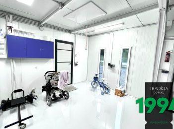 GARDEON: Maßangefertigte Garage mit Dämmung