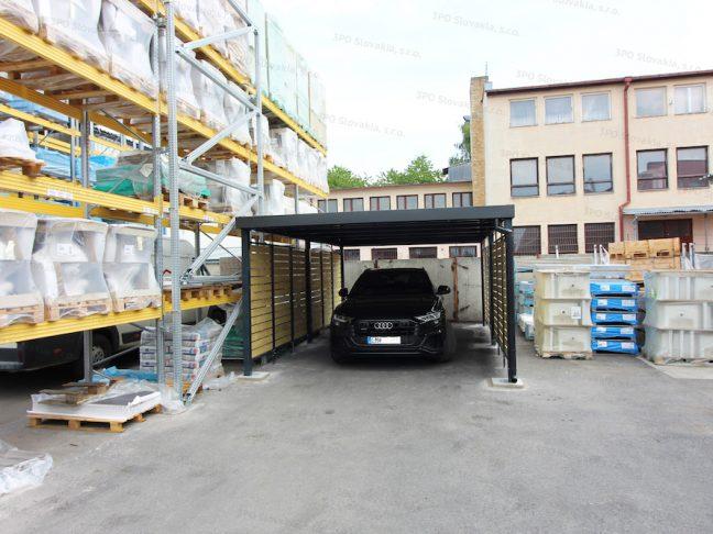 Audi unter dem Stahlcarport von GARDEON in anthrazit