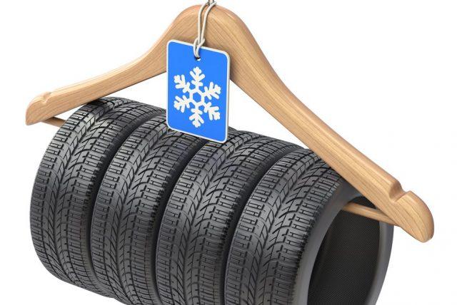 Reifen an einem Aufhänger