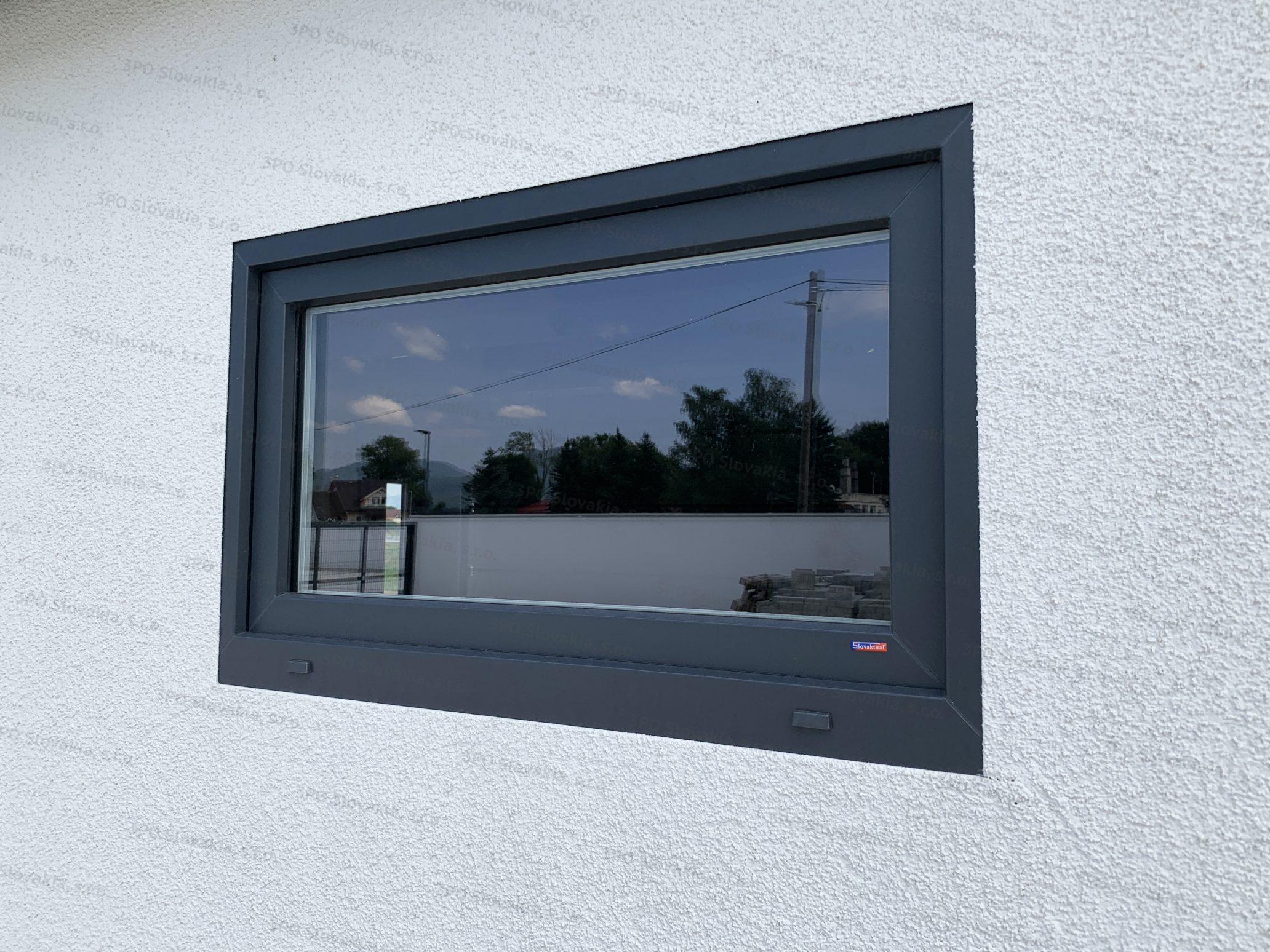 Fenster von Slovaktual in anthrazit