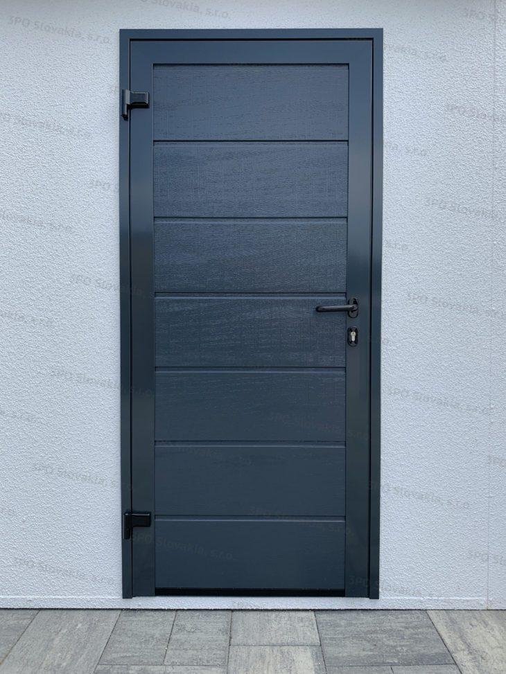 Tür von Hörmann LPU40 in anthrazit