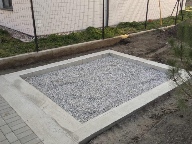 Fundament unter das Gartenhäuschen - Betonkranz