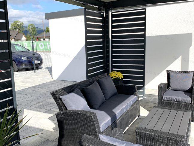 Pergola von GARDEON mit einem Tisch und Stühlen für den optimalen Relax