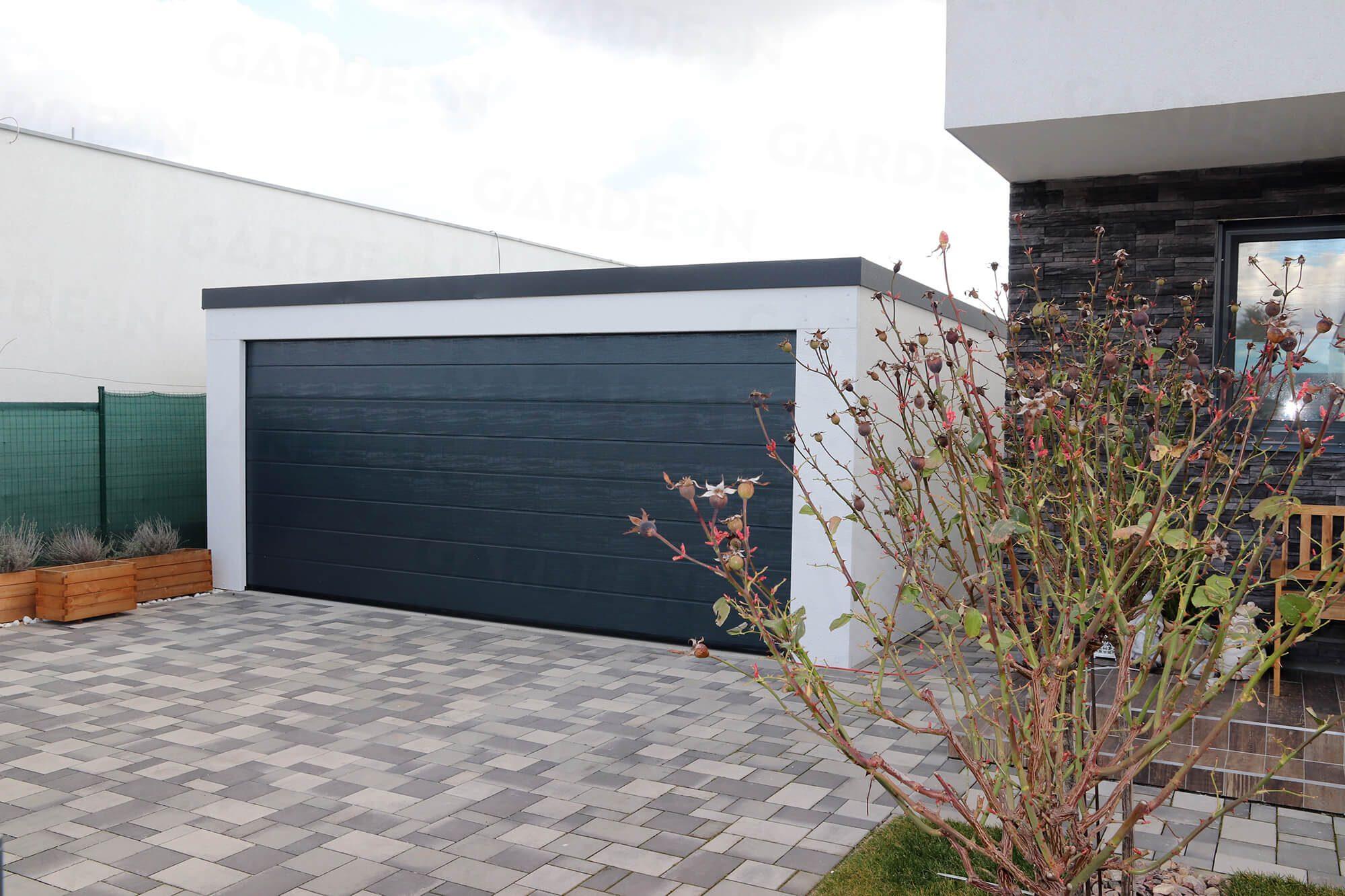 Die Garage von GARDEON für 2 Autos bei einem Haus